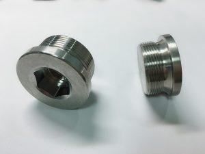 Прилагођени вијак од нехрђајућег челика по наруџби с кључем сс